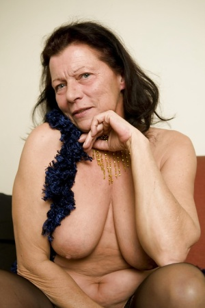 Granny Housewife Pics